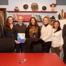 Filantropía Cortés Solari y la American Universities Incorporated acercarán el cielo a los escolares